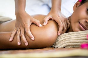 How Deep Tissue Massage Can Help You Prevent Cold Sores